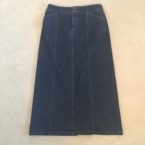 Like New Tribal long Jean skirt size 10